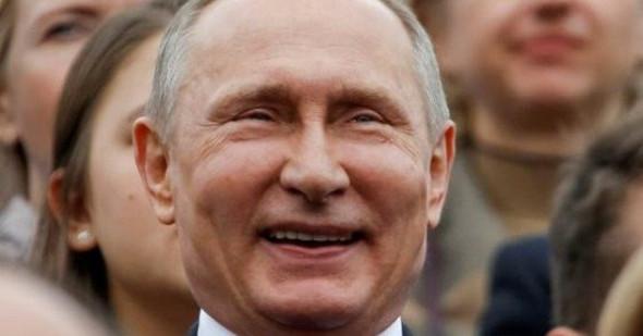 А царь-то не настоящий или «Левый поворот» он такой: Как Путин «изменил» пенсионную реформу