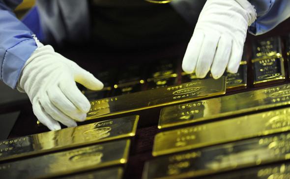 Центробанки закупили рекордный почти за 50 лет объем золота