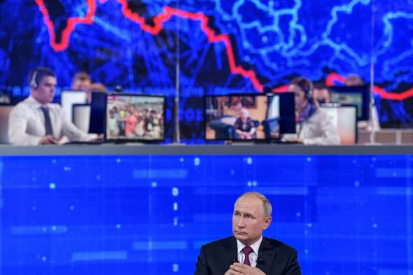 «Крайне странная прямая линия». Политологи об иÑ'Ð¾Ð³Ð°Ñ Ð¾Ð±Ñ‰ÐµÐ½Ð¸Ñ Путина с народом