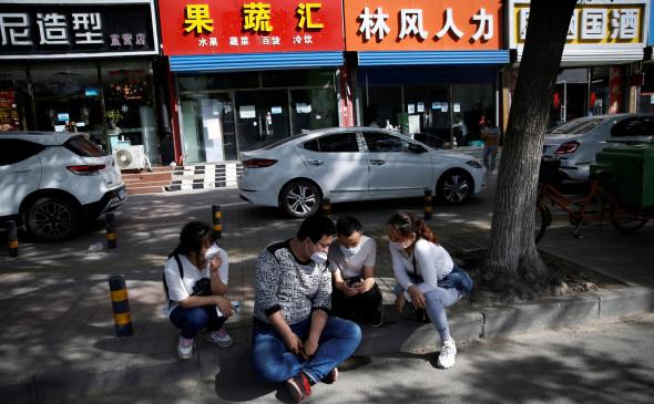 Власти Пекина раздадут жителям $1,7 млрд на шопинг и рестораны