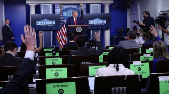 WSJ: либеральные СМИ ненавидят Трампа за то, что он разоблачил их предвзятость