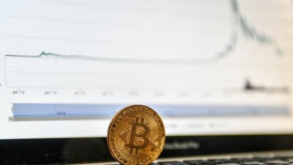 Аналитики предупредили о возможном падении цены биткоина до нуля