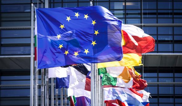 Евросоюз не будет вводить санкции против российского госдолга вслед за США